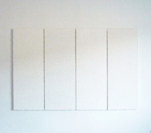 Bergkristall ist ein Werk von Helmut Dirnaichner aus dem Jahr 1996, präsentiert im Museum Kulturspeicher Würzburg in der Ausstellung Weiss- Aspekte einer Farbe in Moderne und Gegenwart 2014-2015.